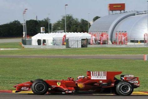 Daniel Zampieri testet den F2008 auf der Ferrari-Strecke in Fiorano