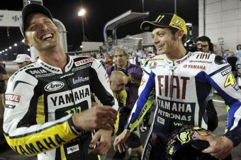 Vertritt Colin Edwards seinen Kumpel Valentino Rossi im Werksteam?