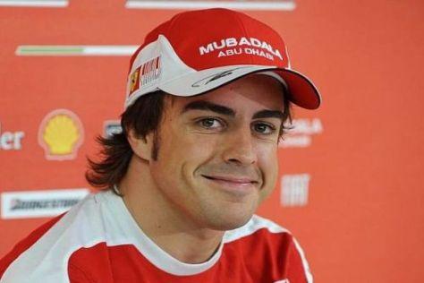 Entspannt und zufrieden: Fernando Alonso hat bei Ferrari sein Glück gefunden