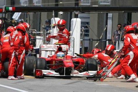 Fernando Alonso und das Ferrari-Team wollen in Valencia in die Top 3 vorstoßen