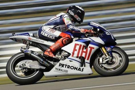 Jorge Lorenzo spielt gegen Rennende seinen Reifenvorteil clever aus