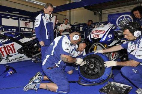 Jorge Lorenzos Mechaniker haben am Samstag noch etwas Arbeit vor sich