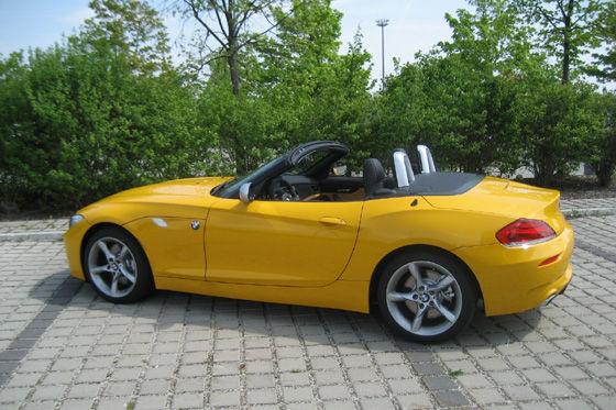 Z4-Kunden können ihren Roadster mit dem Ausstattungspaket Design Pure Impulse aufpeppen.