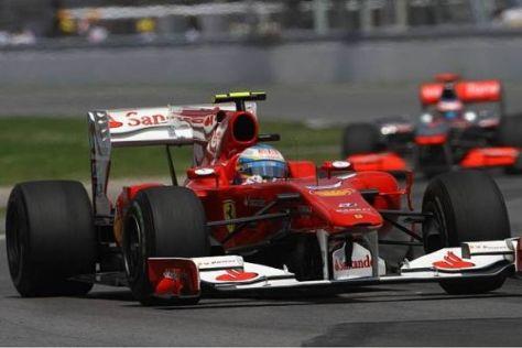 Hoffnung: Fernando Alonso würde die McLaren gern in Silverstone besiegen