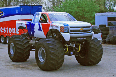 "Chevrolet Silverado 2010 ""Bigfoot"""
