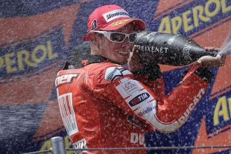 Casey Stoner jubelt nicht mehr lange in Rot: Ab 2011 fährt der Australier für Honda