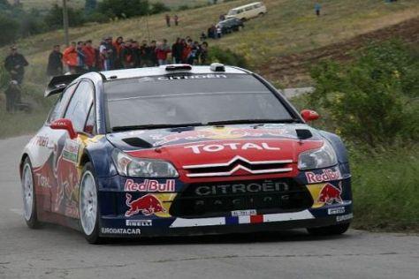 Sébastien Loeb gibt zum Auftakt der Rallye Bulgarien das Tempo vor