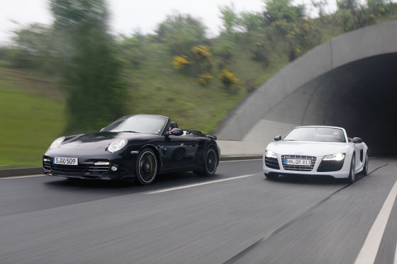 Porsche 911 Turbo S Cabrio Audi R8 V10 Spyder