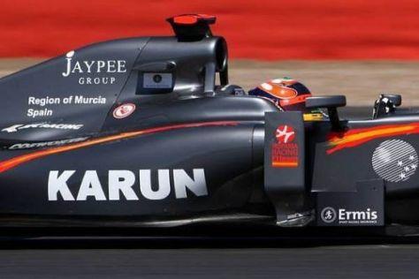 Karun Chandhok fährt ab Silverstone mit Logos der Jaypee-Gruppe (JPSI)
