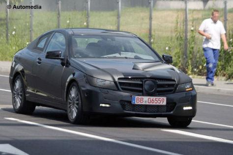 Erlkönig Mercedes C-Klasse Coupé (2011) vorne