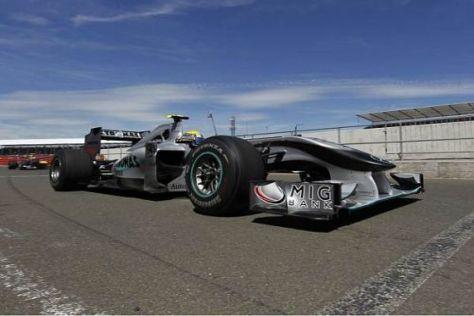Mercedes-Fahrer Nico Rosberg beschloss das Silverstone-Rennen auf Rang drei