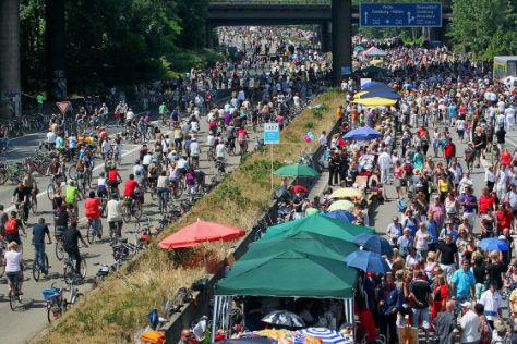Kulturfest Still-Leben auf der A40
