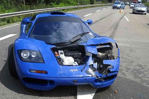 McLaren F1: Crash auf der A48