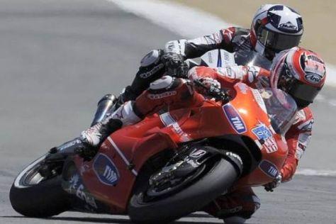 Nicky Hayden setzte sich in Laguna Seca knapp gegen Ben Spies durch