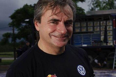 Carlos Sainz steuert bei der Rallye Deutschland einen Scirocco R