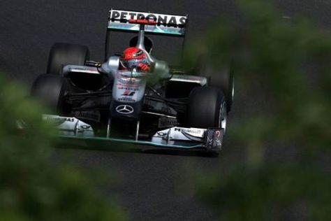Unter ferner liefen: Michael Schumacher fährt 2010 chancenlos hinter