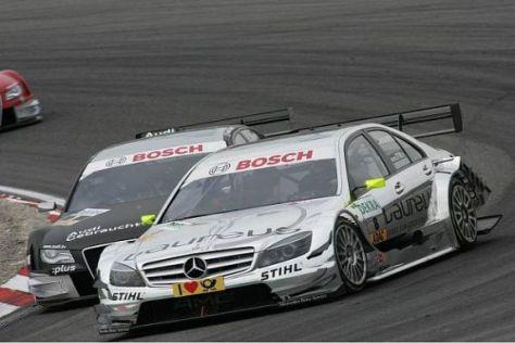 Ralf Schumacher konnte sich am Anfang gegen Timo Scheider nicht wehren