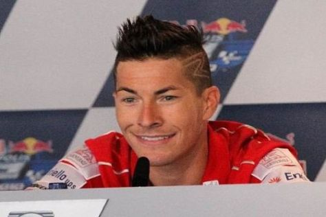 Nicky Hayden bleibt für weitere zwei Jahre im Werksteam von Ducati