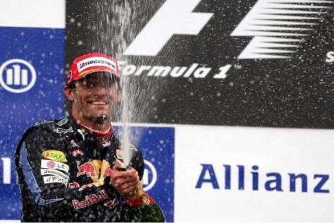 Mark Webber jubelt über den zweiten Platz, der noch wertvoll sein könnte