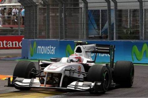 Kamui Kobayashi hat mit einer anderen Strategie in Valencia vorne mitgemischt