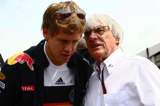 Sebastian Vettel zusammen mit Bernie Ecclestone
