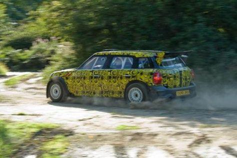 In freier Wildbahn: Der Mini Countryman WRC bei seiner ersten Ausfahrt