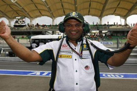 Tony Fernandes geht mit viel Freude durch die erste Saison von Lotus