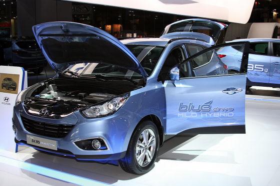 Hyundai ix35 blue drive Hybrid Paris 2010
