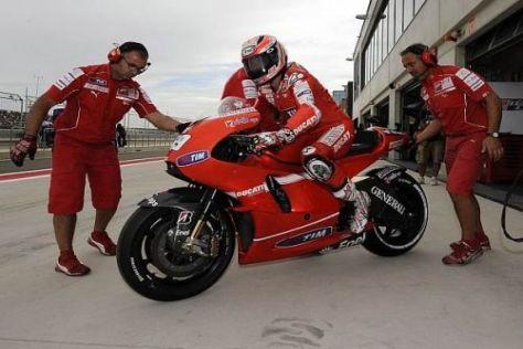 Wer arbeitet 2011 in Rot? Valentino Rossi wird wohl seine Crew zu Ducati mitnehmen