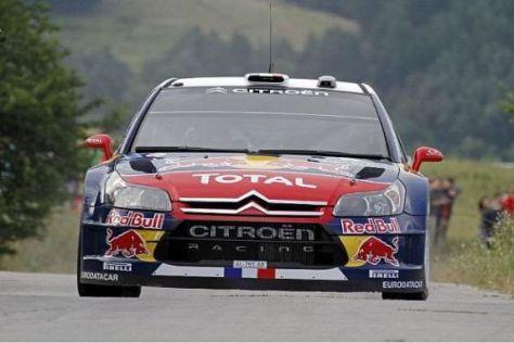 Lokalheld Sébastien Loeb baut seinen Vorsprung an der Spitze weiter aus