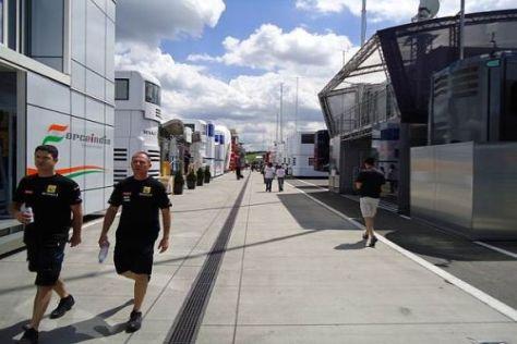 Angeblich stehen derzeit bis zu fünf Formel-1-Teams zum Verkauf