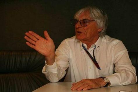Bernie Ecclestone fordert eine bessere Zusammenarbeit von den Teamchefs ein