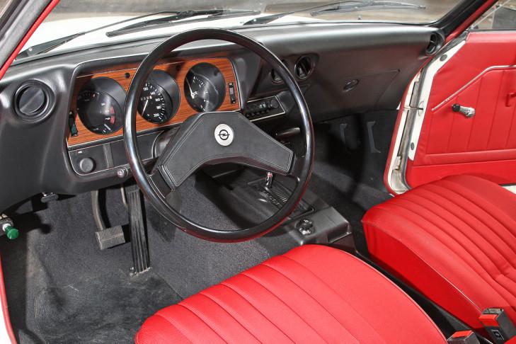 Klassische coup s bis euro bilder for Opel kadett e interieur