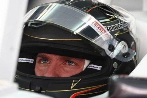 Der Deutsche Nick Heidfeld hat für die Saison 2010 sein Helmdesign geändert