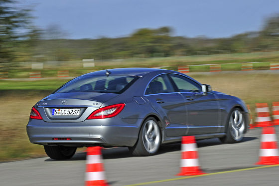 der neue mercedes cls 350 cdi im ersten test. Black Bedroom Furniture Sets. Home Design Ideas