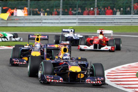 So ist der Punktestand kurz vor der WM-Entscheidung: Fernando Alonso (246 Punkte), Mark Webber (238), Sebastian Vettel (231), Lewis Hamilton (222).