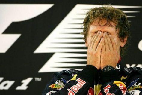 Sebastian Vettel kann sein Glück kaum fassen, er ist Formel-1-Weltmeister!