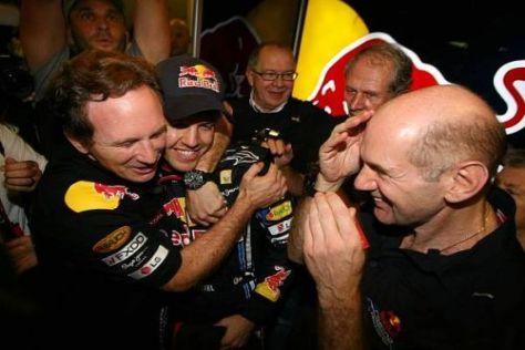 Bei Red Bull stieg am Abend eine große Feier mit jeder Menge Champagner