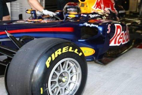 Sebastian Vettel nahm die Testfahrten mit den neuen Pirelli-Reifen auf