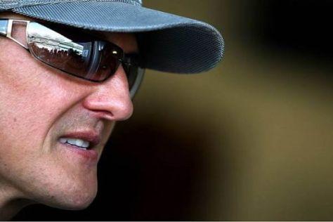 Schumacher übt Kritik am Team, glaubt aber an 2011 an Siege