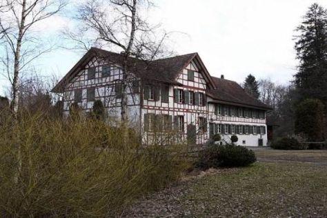 Wird Vettels Bauernhof in der Schweiz durch eine Freizeitanlage erweitert?