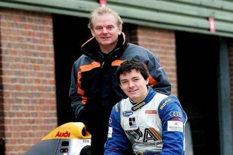 Jonathan Palmer - hier mit Sohn Jolyon - verfolgt die Formel 1 sehr interessiert