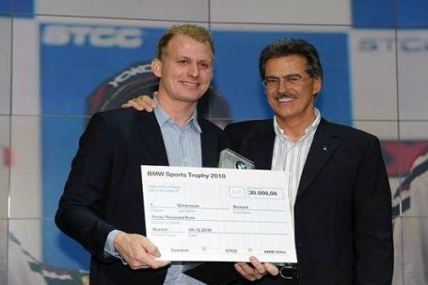 Richard Göransson (li.) bei der BMW Sportpokal Verleihung mit Mario Theissen