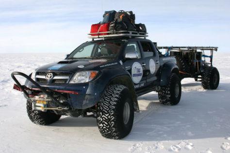 Toyota Hilux in der Antarktis