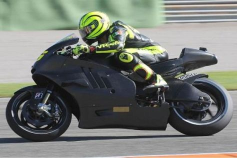 Valentino Rossi bei seinem ersten Ducati-Test in Valencia