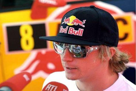 Kimi Räikkönen nagt am plötzlichen Tod seines Vaters, will aber weitermachen