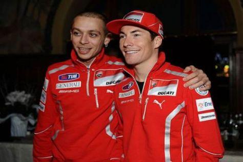 Premiere in Madonna di Campiglio: Valentino Rossi zeigt sich in den Ducati-Farben