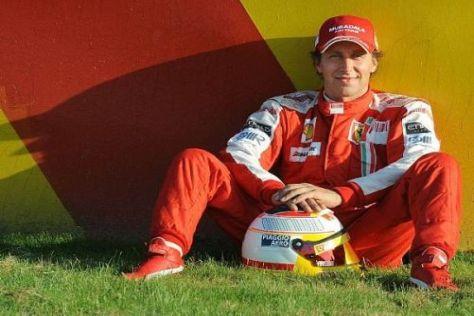 Luca Badoer wird demnächst eher keinen roten Overall mehr anziehen