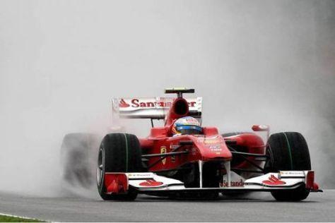 Fernando Alonso möchte die neuen Pirelli-Reifen unbedingt bei Regen testen