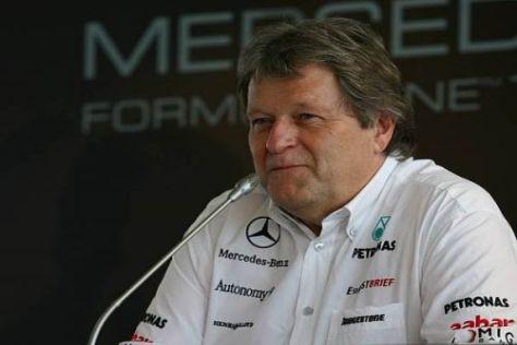 Norbert Haug ist guter Dinge, dass Mercedes eine Steigerung zeigen kann
